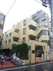都営大江戸線/西新宿五丁目 3階/4階建 築36年