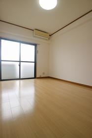 鹿児島市電唐湊線/中郡 2階/4階建 築24年