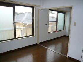 京王線/上北沢 1階/3階建 築35年