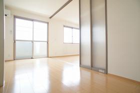 JR上越線/井野 3階/3階建 築12年