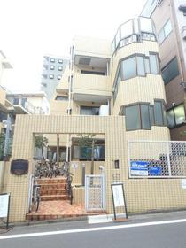 都営大江戸線/西新宿五丁目 4階/4階建 築35年